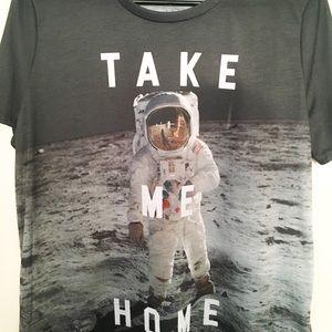 Tops - Martian tshirt